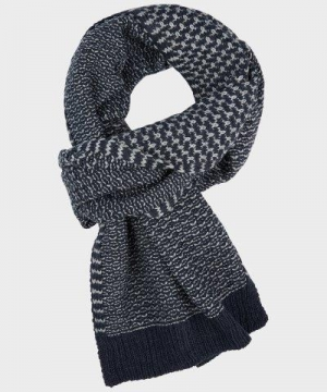 SCARF KNITTED logo
