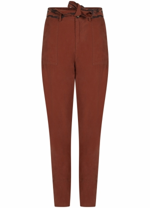 TROUSERS TAPERED SAND WASHED logo